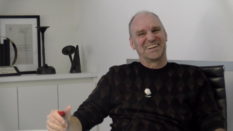 SCHRIJVERSPORTRET – Hans Bourlon: 'Je kan alleen schrijven over dingen die dicht bij jezelf liggen'